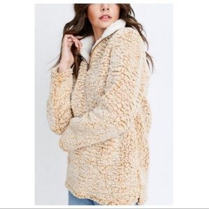Sweaters - Sherpa soft zip pull over